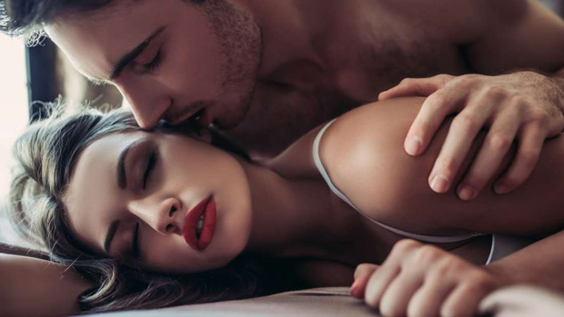 Học lỏm những bí mật chuyện ấy của các cặp vợ chồng hạnh phúc - Ảnh 1.