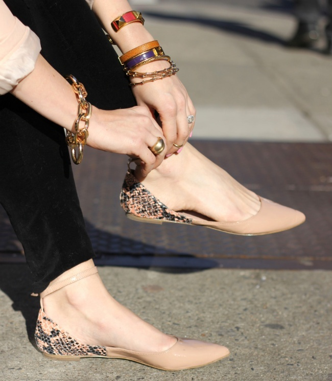 Những mẫu giày bệt thoải mái cho ngày nàng công sở quá mệt mỏi vì giày cao gót - Ảnh 8.