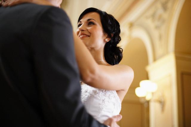 Chỉ bằng một bài hát yêu thích, chồng đã dạy tôi một bài học quý về tình vợ chồng - Ảnh 2.