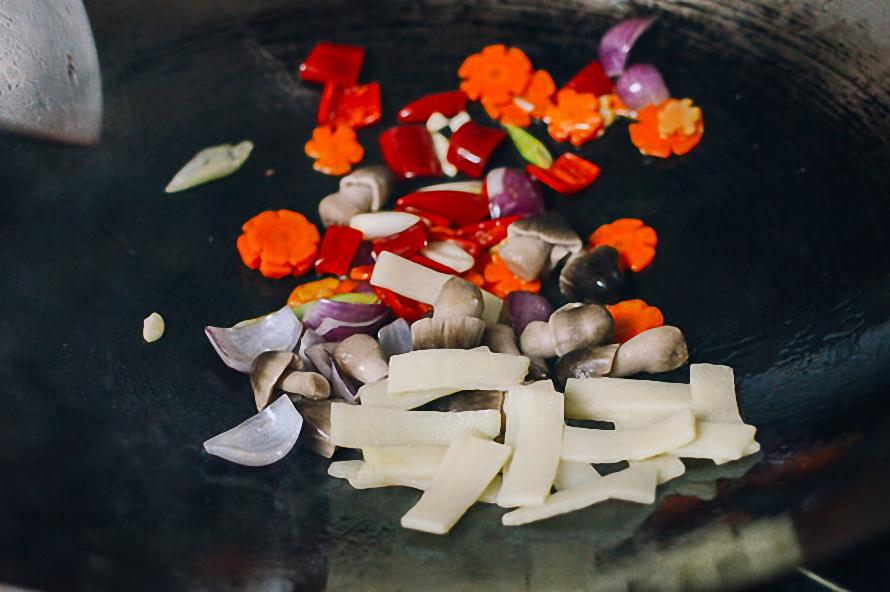 Mách bạn cách làm món ngon với hải sản tổ chim cho ngày Tết ngon như nhà hàng ảnh 5