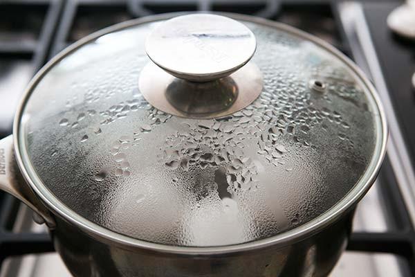 Thay vì luộc, hãy hấp trứng, siêu ngon mà lại cực dễ bóc vỏ - Ảnh 4.