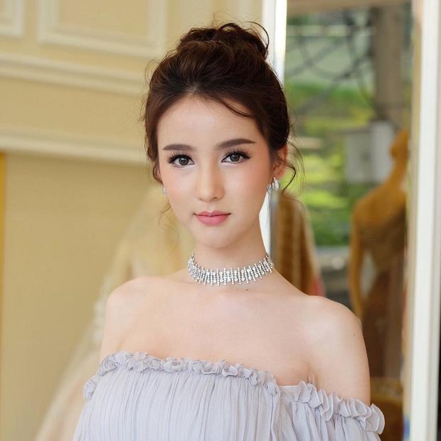 Nhan sắc nóng bỏng của cô nàng hoa hậu được mệnh danh là Angela Baby của Thái Lan - Ảnh 15.
