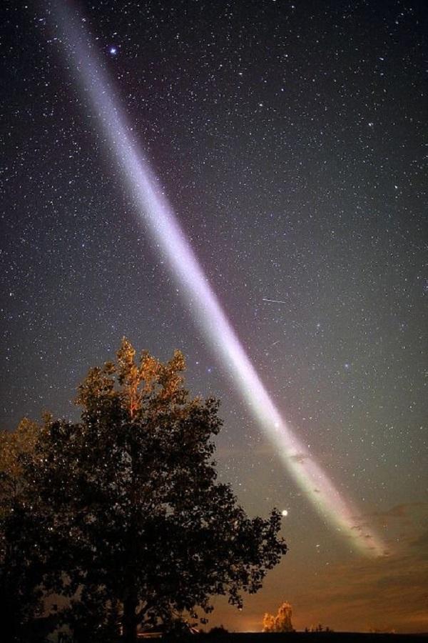 Hiện tượng mới trên bầu trời còn kỳ lạ hơn cực quang - Ảnh 5.