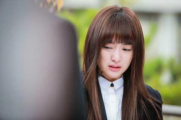 """Tình cũ có người mới sau 26 ngày chia tay, cô gái viết tâm thư """"trách ai vô tình"""" đẫm nước mắt"""