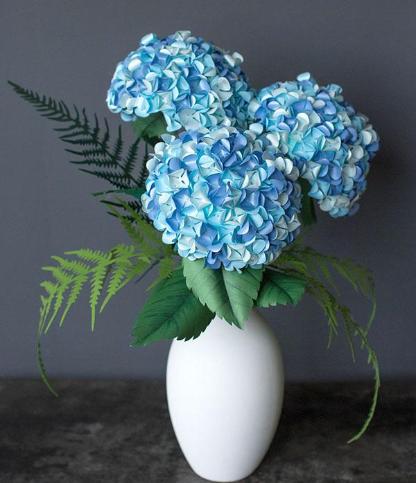 Làm hoa cẩm tú cầu đẹp lung linh trang trí nhà thêm xinh - Ảnh 4.