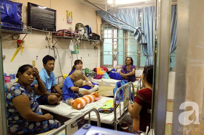 Tết trong bệnh viện: Chỉ cần con khỏi bệnh thì Tết đã quá đủ đầy - Ảnh 12.