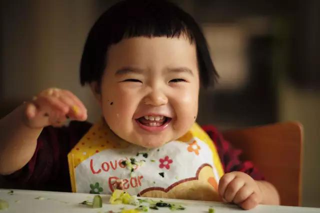Mẹ của em bé thánh ăn tiết lộ bí quyết để con ăn uống như vũ bão - Ảnh 1.