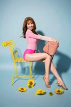 Thương hiệu giày túi Juno ra mắt BST mùa hè cùng Ngọc Trinh - Ảnh 3.