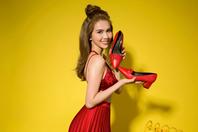 Thương hiệu giày túi Juno ra mắt BST mùa hè cùng Ngọc Trinh - Ảnh 4.