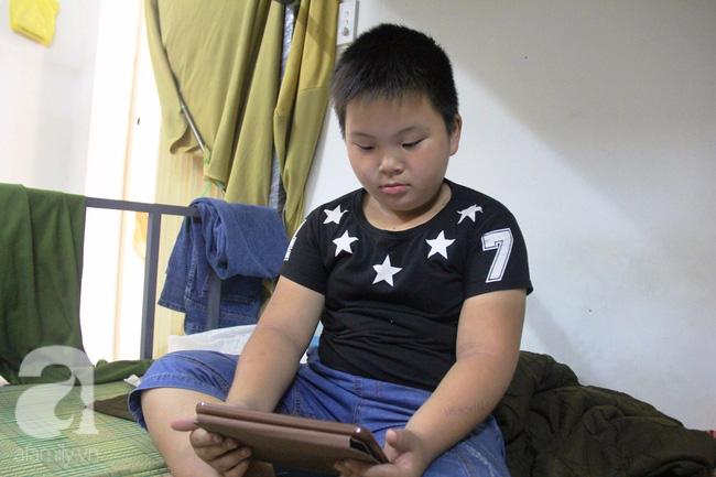 Bé trai 9 tuổi đi lạc 3 ngày, mẹ bận đi làm không đến đón, dì lên nhận thay nhưng không được - Ảnh 12.