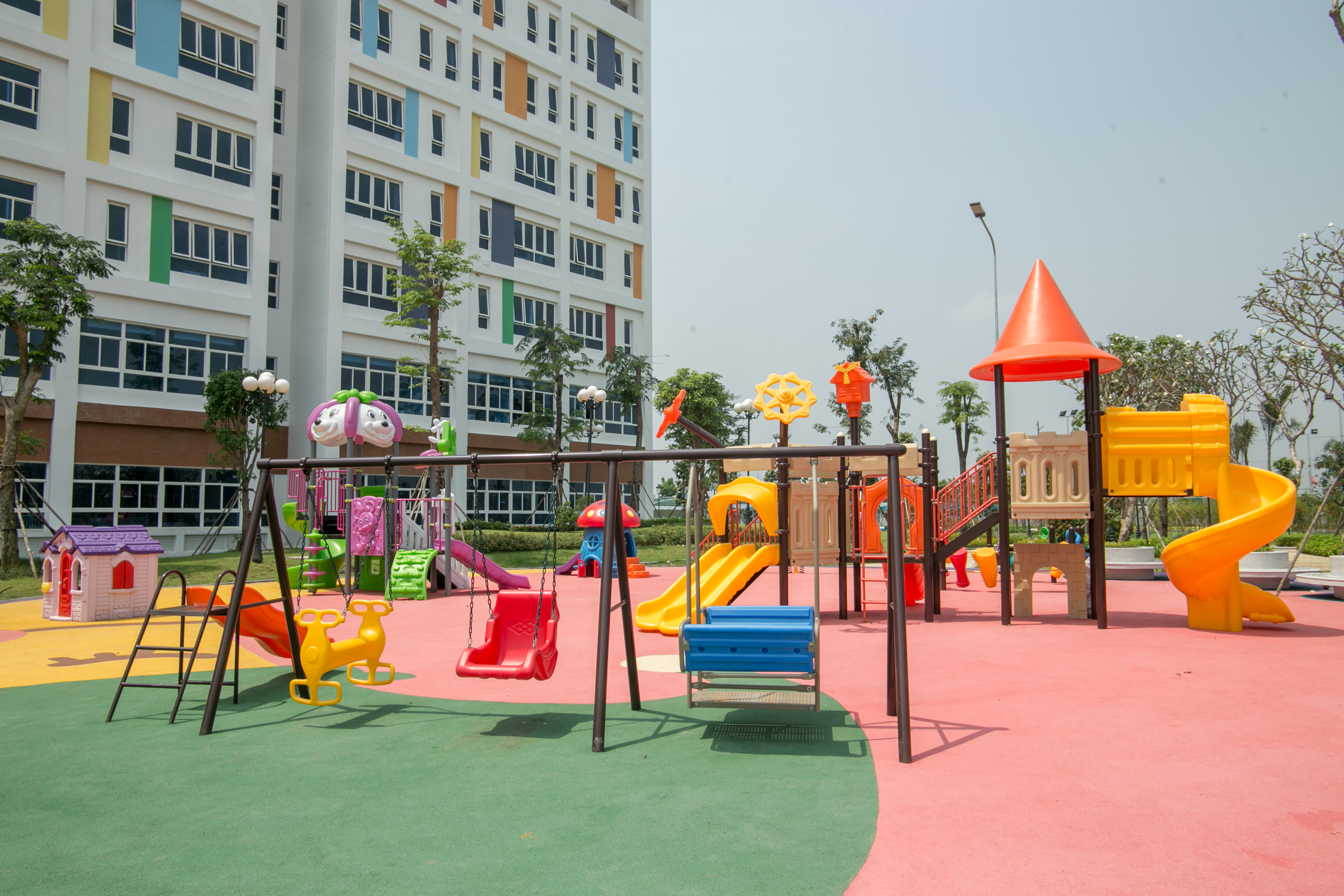 Ở Sài Gòn, có một Bệnh viện Nhi đồng Thành phố xinh xắn như trường mầm non - Ảnh 6.