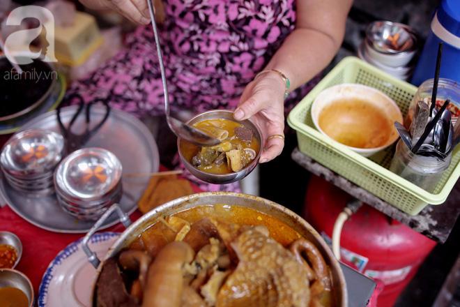 Chuyện cô Ba Sài Gòn có nụ cười giòn tan: Bán phá lấu 28 năm, nuôi 7 miệng ăn và mua nhà 3 tỷ - Ảnh 6.