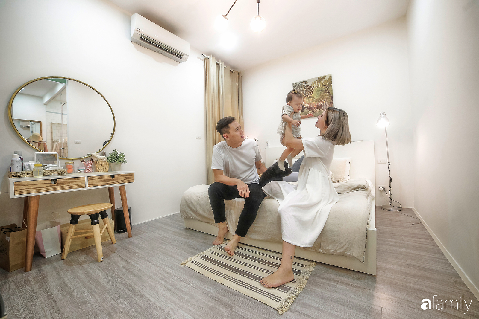 Căn hộ 95m² đẹp tới từng góc nhỏ của cặp vợ chồng hot boy - hot girl 9x nổi tiếng đất Hà Thành - Ảnh 15.