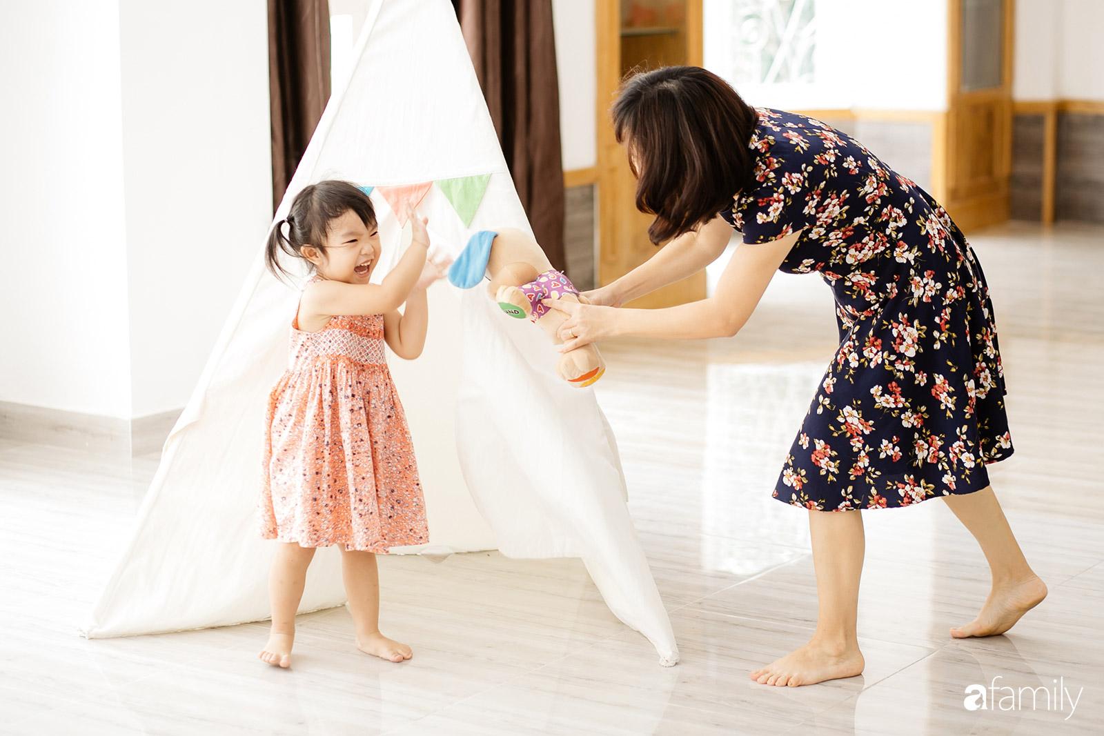 Uyên Phương, người mẹ quyết định khởi nghiệp vì con: Tôi nghĩ phụ nữ sẽ luôn có lựa chọn tốt hơn là hi sinh - Ảnh 13.