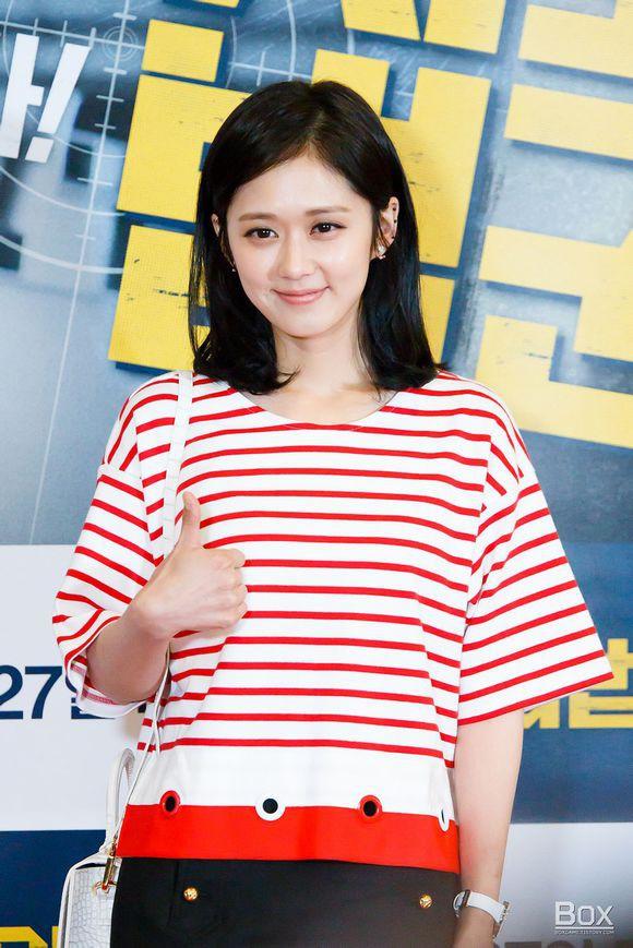 4 người đẹp không tuổi xứ Hàn: người trẻ trung như thuở còn teen, người lại nhạt nhòa thiếu điểm nhấn - Ảnh 4.