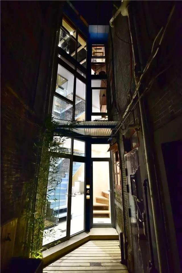 Ngôi nhà 30m² méo mó trong hẻm cụt của gia đình 3 thế hệ trở nên rộng thênh thang sau khi cải tạo - Ảnh 6.