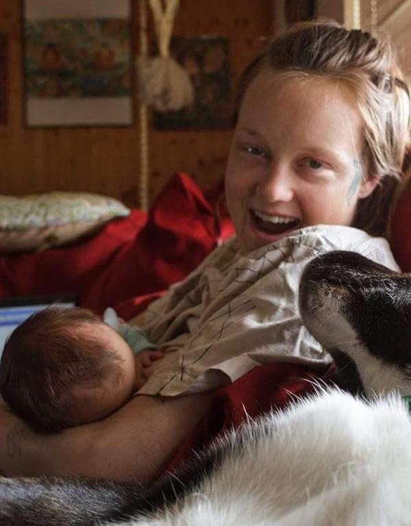 Kinh ngạc với hình ảnh giọt sữa mẹ dưới kính hiển vi - Ảnh 3.