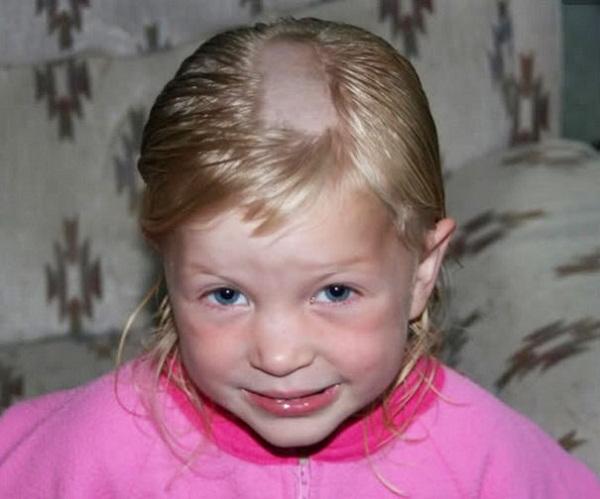 Cười vỡ bụng với những bé muốn đoạt giải cây kéo vàng bằng cách tự cắt tóc - Ảnh 8.