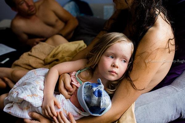 Những khoảnh khắc sinh nở chạm đến trái tim hàng triệu người - Ảnh 6.