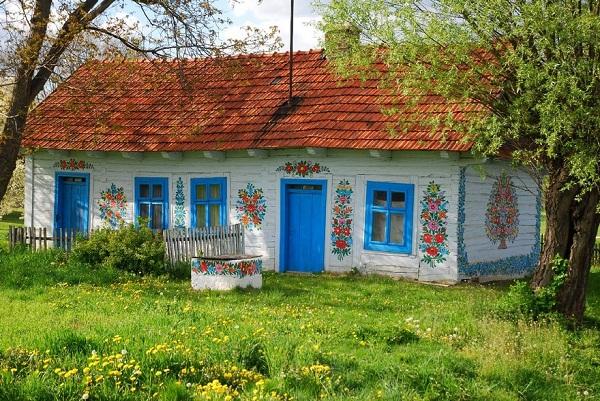 Ngôi làng đẹp lạ lùng mỗi tường nhà đều là một bức họa đầy màu sắc - Ảnh 7.