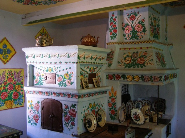 Ngôi làng đẹp lạ lùng mỗi tường nhà đều là một bức họa đầy màu sắc - Ảnh 14.