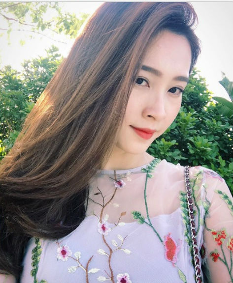 Bạn trai Hoa hậu Đặng Thu Thảo lên tiếng bảo vệ người yêu trước tin đồn bội bạc - Ảnh 3.
