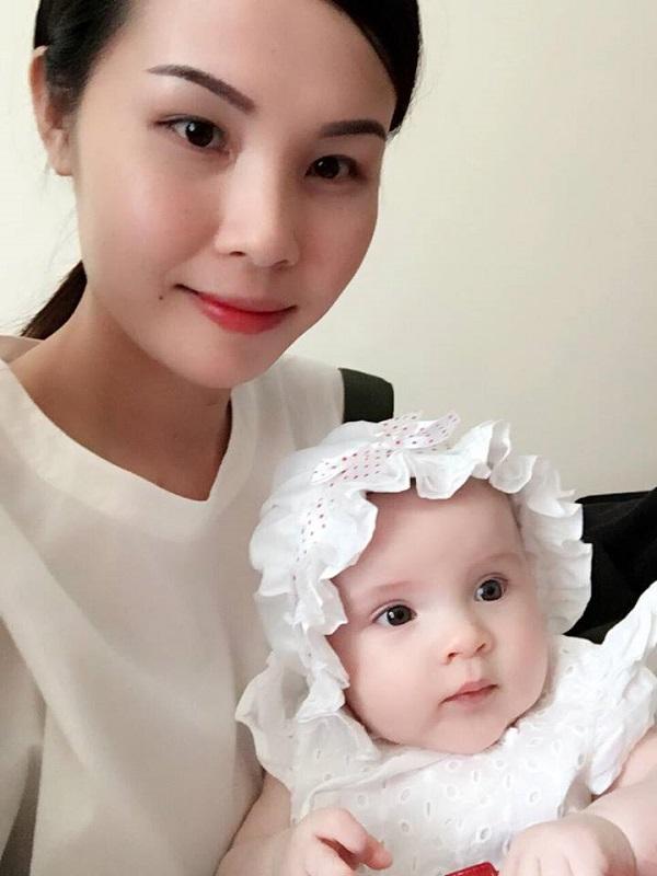 Loạt ảnh chứng minh thiên thần là có thật của em bé lai gốc Việt - Ảnh 13.