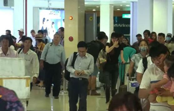 Hồ Ngọc Hà xuất hiện ở sân bay giữa lùm xùm bị Minh Hằng tố chèn ép tại The Face - Ảnh 1.
