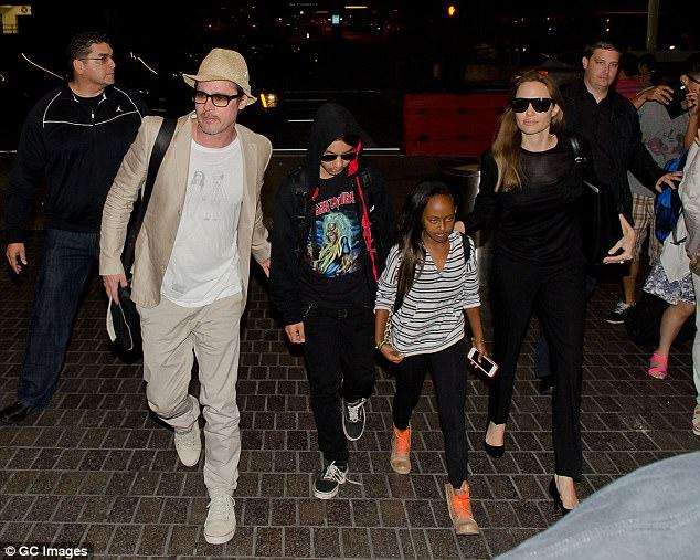 """Brad Pitt bắt đầu """"hẹn hò"""" trở lại sau khi chia tay Angelina Jolie - Ảnh 2."""
