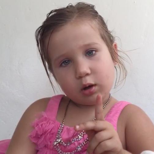 """Cô bé bỗng nổi như cồn trên mạng vì """"cấm"""" bố không được gọi mình là công chúa - Ảnh 2."""