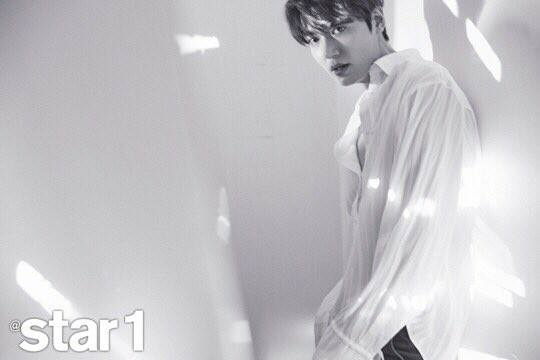 Lee Min Ho khoe vẻ nam tính, lần đầu trải lòng trước ngày lên đường nhập ngũ - Ảnh 3.