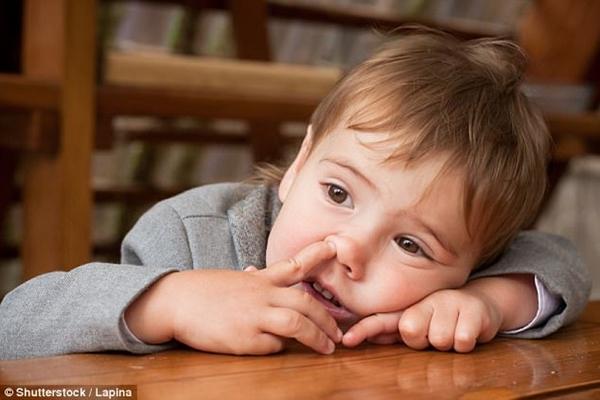 Phát hiện mới: Ăn gỉ mũi giúp tăng cường miễn dịch, phòng HIV - Ảnh 1.