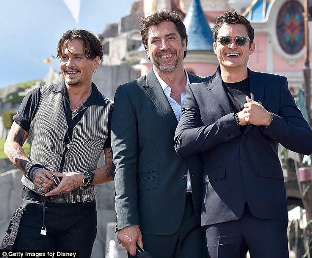 """""""Cướp biển"""" Johnny Depp hẹn hò trở lại sau khi ly hôn vợ trẻ - Ảnh 2."""