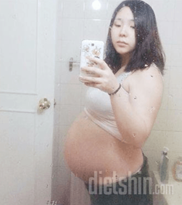 Nặng gần 90kg khi mang bầu, bà mẹ trẻ đã lột xác ngoạn mục sau khi sinh - Ảnh 1.
