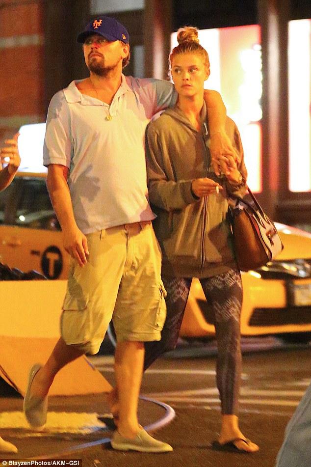 Tài tử Leonardo DiCaprio chia tay người yêu trẻ sau 1 năm hẹn hò - Ảnh 3.