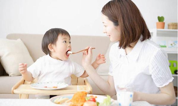 Chuyên gia dinh dưỡng chỉ ra 6 cách giúp trẻ ăn uống đầy hào hứng - Ảnh 4.
