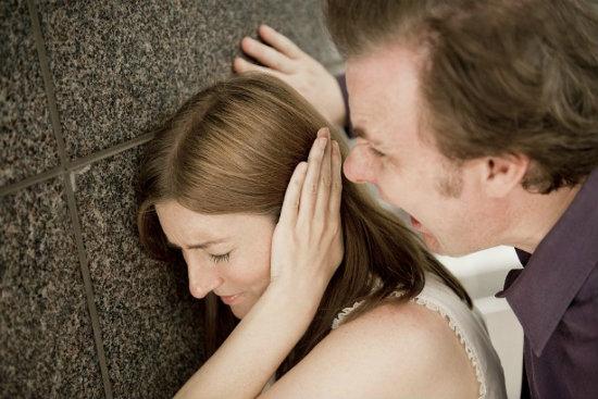 Chỉ vì nhắn tin cho chồng: Mình ra nhà nghỉ anh nhé mà tôi lĩnh hậu quả đắng ngắt - Ảnh 2.