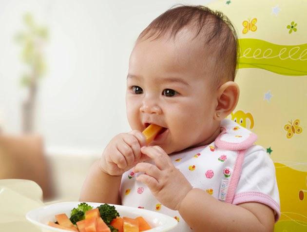 Đây là lý do tại sao mẹ nên cho bé ăn bốc thường xuyên hơn nữa - Ảnh 2.