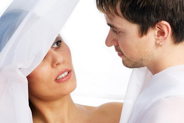 Ngày nhà chồng mang lễ ăn hỏi tới, cả bố mẹ em và hàng xóm đều trố mắt kinh ngạc - Ảnh 1.