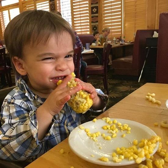 Hậu trường tan tác của những bức ảnh trẻ con siêu dễ thương bạn thường thấy trên mạng - Ảnh 13.