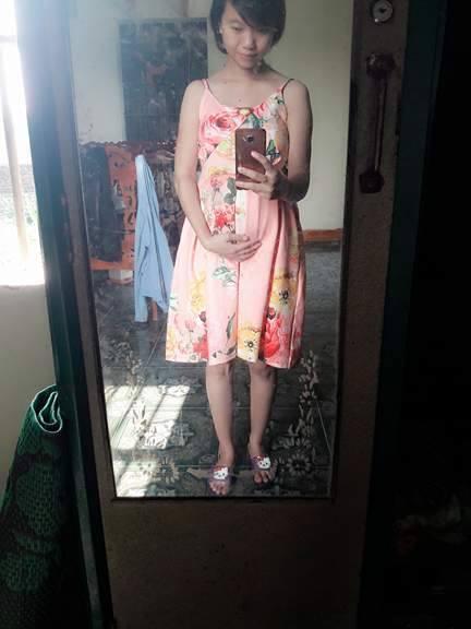 Bà mẹ 24 tuổi chia sẻ vết tích bụng rạn 13 ngày sau sinh nhìn đến xót xa - Ảnh 4.