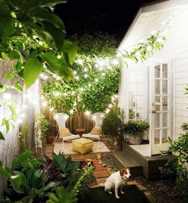 Nếu có khoảng sân sau nhà bạn đừng quên những cách trang trí đẹp xinh này - Ảnh 2.