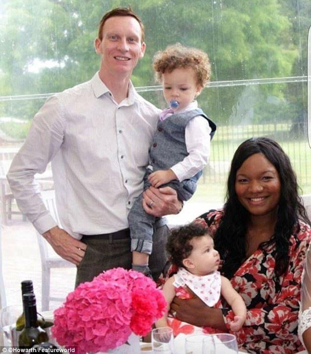 Chàng trai da trắng kết hôn với cô gái da đen, ai cũng sốc khi nhìn thấy con của họ - Ảnh 9.