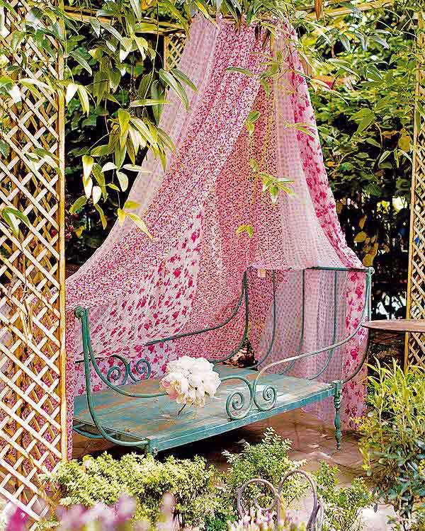 Góc sân vườn đón thu đẹp dịu dàng và lãng mạn khi được trang trí theo phong cách Bohemian - Ảnh 2.