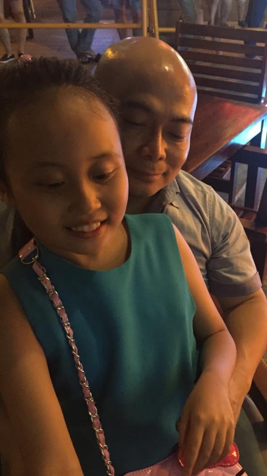 Phương Thanh bất ngờ công khai bố đẻ của con gái sau một năm ông mất - ảnh 1