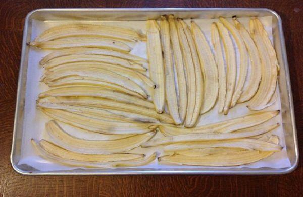 Bạn đã biết cách sử dụng vỏ chuối khô để trồng cây gì cũng lớn như thổi? - ảnh 2