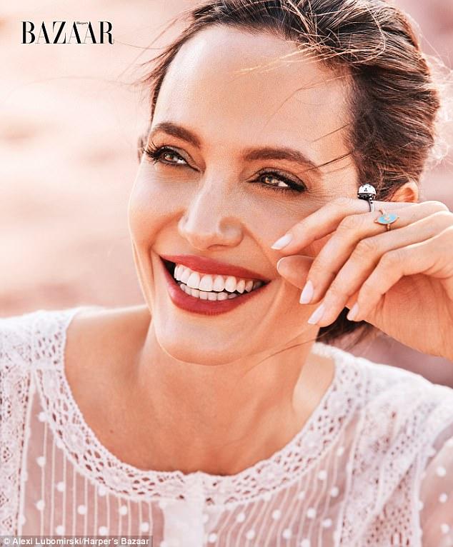 Angelina Jolie chi 1.000 USD đi mua sắm chuẩn bị Halloween cho các con - Ảnh 4.