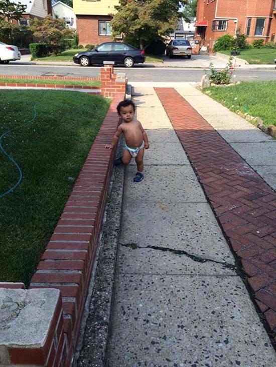 Hành động ngớ ngẩn của trẻ khiến bố mẹ khốn khổ giải quyết hậu quả - Ảnh 5.