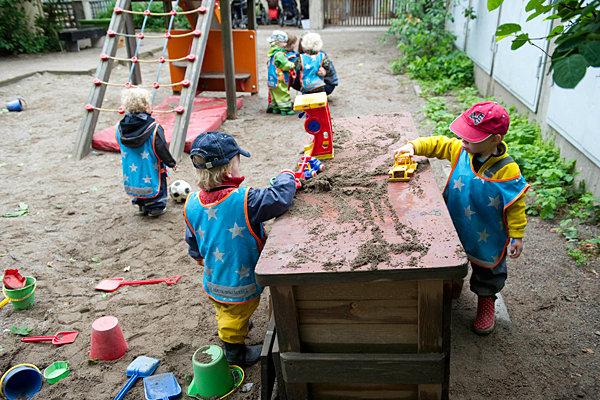8 điều thú vị trong cách nuôi dạy con của cha mẹ Thụy Điển - Ảnh 5.