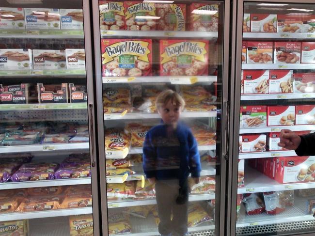 Chùm ảnh chứng minh: Đưa con đi siêu thị là công việc chỉ dành cho những cha mẹ… dũng cảm - Ảnh 14.